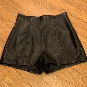 Michael Hoban high waisted leather shorts EUC